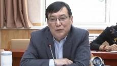 省统计局党组书记、局长陈峰一行来黄南州考察调研