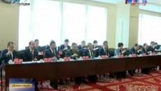 西寧市十六屆人大六次會議舉行主席團第一次會議
