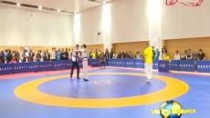 聚焦全省民运会:民族式摔跤展示力量与技巧的魅力