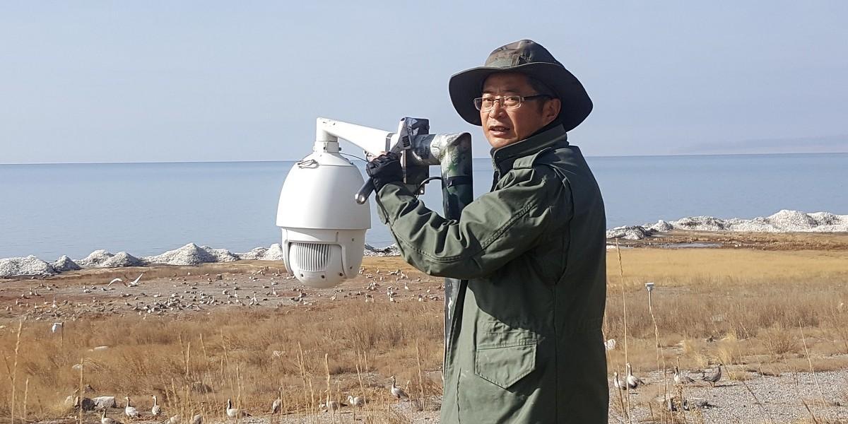 青海湖管理局技术人员为此次直播保驾护航
