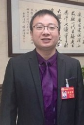 省政协委员毛亚平:为青海基础人才培养做贡献