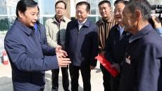 匡湧副省长在老年节当天看望慰问老人