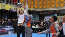 新浪3×3篮球黄金联赛积分赛西宁站开赛