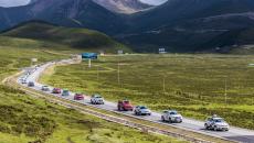 ?挑戰最高海拔 節電評測上線 環青海湖(國際)電動汽車挑戰賽進入環湖評測第二日