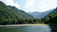 首条黄河水上旅游积石峡航线正式开通投入试运营