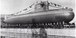 官方美高梅161:新中国第一艘核潜艇