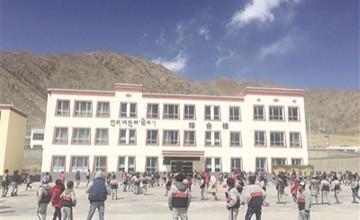 和谐藏区行:大山深处的团结之歌